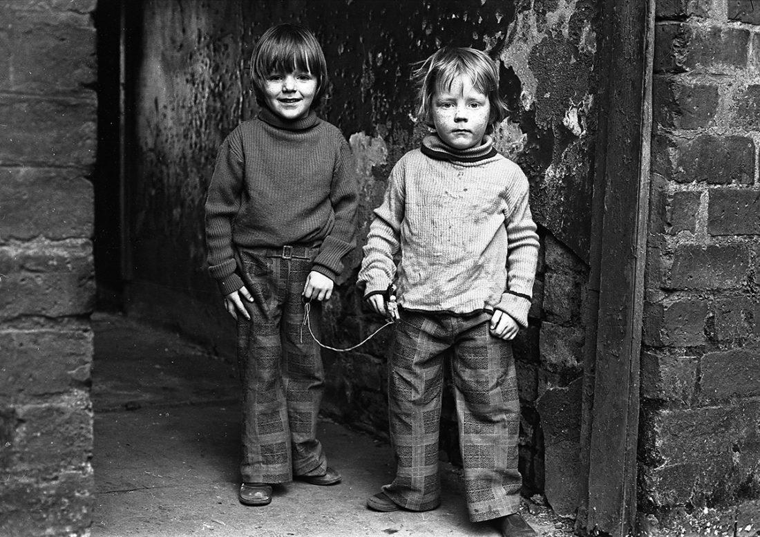 a Calton twins 1976 1